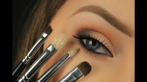makeup brushes for beginners their uses eyes