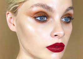glam up your makeup with glossy lids 12