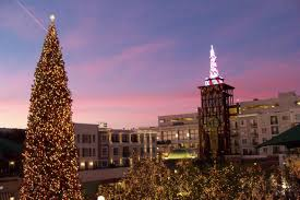 Glendale Americana Christmas Tree Lighting Apartment Americana Glendale Apt R253 Usa Booking Com