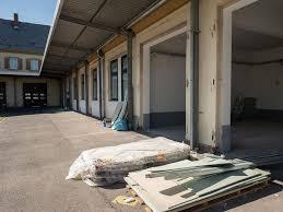 Zement ist grundsätzlich nur ein bindemittel, das unter anderem aus sand, ton und kalkstein besteht. Kosten Fur Unterkunft Der Schnelleinsatzgruppe Steigen Rapide An Pirmasens Die Rheinpfalz