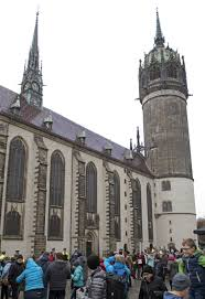 Decorating martin luther church door photos : Germany marks 500th anniversary of Martin Luther's challenge | The ...