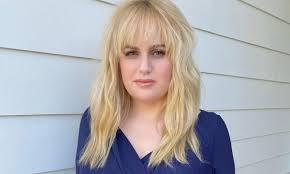 Rebel Wilson stuns after unveiling quirky new look amid weight ...