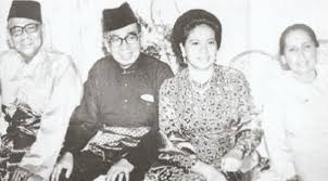 Image result for images of tunku abdul rahman and wife