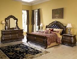 Old World Bedroom Decor Queen Bed Bedroom Set For Bedroom Decor And Queen Bedroom Set