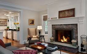nice paint colors for family room with fireplace