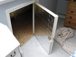 Insulating Inside Door