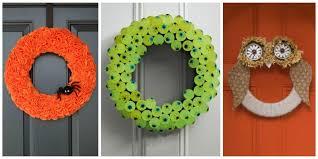 front door hangings30 DIY Halloween Wreaths  How to Make Halloween Door Decorations
