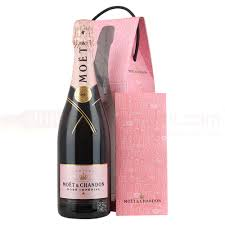 moet chandon imperial rose nv chagne declare your love gift set 75cl