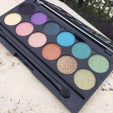 eyeshadow palette sleek makeup collection sleek makeup i divine the original