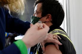 vaccine tourism canadians fly south