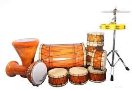 Tanjidor biasanya dimainkan oleh 7 sampai 10 orang pemain musik. 10 Alat Musik Tradisional Betawi Yang Familiar Di Masyarakat