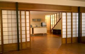 Traditionally, the wood is patterned in a lattice or frame like  composition, however, custom built designs are becoming more popular. Shoji  screens are most ...