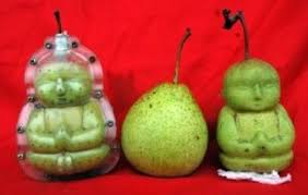 Chinese Farmer Grows Buddha Shaped Pears Facts Analysis Hoax Or Fact Enchanting Pears Ghandi