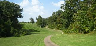 golfers looking for a true midwestern golf experience must look no further than setting up a tee time on one of st louis missouri s many golf courses