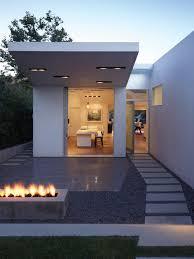 28 Inspiring Minimalist Home Design Ideas Pictures White Color 3