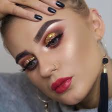 step 1 apply an illuminating base across the lid right up to your eyebrow this will serve to highlight your eyebrow arches and create a more almond shape