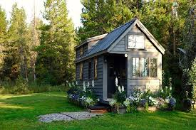 tiny houses. Tiny Houses Perfect For Your Mother-in-Law, Grown Kids Or Guests
