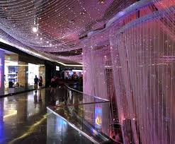 the cosmopolitan of las vegas autograph collection worlds largest chandelier the