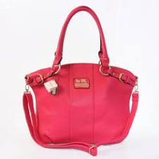 Discount Coach Holiday Kelsey In Signature Medium Red Multi Satchels EBP  Clearance   Clothes   Pinterest   Satchels, Coach tennis shoes and Cheap coach  bags