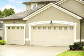 wayne dalton 8300 8500 traditional style colonial ranch raised panel residential garage door