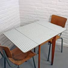 formica table and chairs