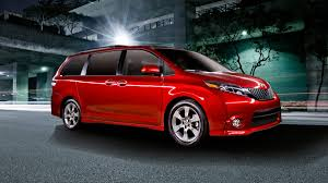 2015 Toyota Sienna receives the mildest of facelifts | Autoweek