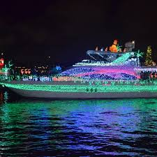 Mission Bay Parade Of Lights 2018 Mark Your Calendars For The Christmas Boat Parades In San