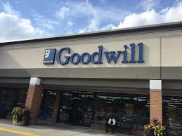 goodwill 3054 s wolf rd westchester il