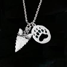 whole arrowhead necklace bear claw necklace arrow pendant native american jewelry letter pendant necklaces horseshoe pendant necklace from diy2016