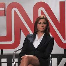Ünlü Televizyoncu Hande Fırat'ın Evinde Patlama Meydana Geldi