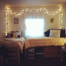 white christmas lights around the edges of the walls would look great on the walls bedroom accent lighting surrounding