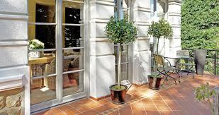Elegante Balkontür Mit Sprossen Passend Zum Altbau Sorpetaler