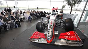 James allison talks through what's changed and what's carried over on the w12 for the 2021 f1 season! Mclaren Launch 2009 Mp4 24 F1 Car As Ron Dennis Announces Plans To Step Down