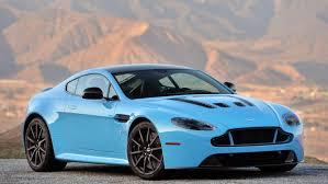 2017 Aston Martin V12 Vantage S In Bright Blue Aston Martin Schöne Autos Aston Martin Vanquish