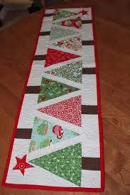 Free Christmas Quilt Patterns Table Runners | Fashion Ideas & Christmas Tree with Star - Sewcial Stash table runner Adamdwight.com