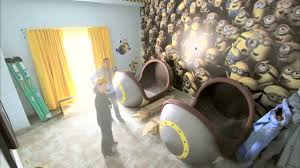 Minions Bedroom Wallpaper Go Behind The Scenes Of The New Minion Rooms At Universal Orlando