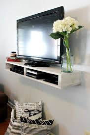Free Building plans to make this super easy DIY Floating TV Shelf that  could also be