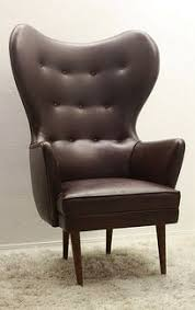 mid century gorgeous wing back papa bear style chair vine 999