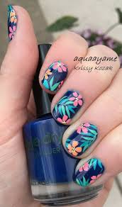 25+ beautiful Flower nails ideas on Pinterest | Spring nail art ...