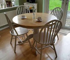 Pin By Cathy Burns On Furniture Farmhouse Kitchen Tables Round