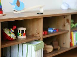 Mobili Cameretta Montessori : Come organizzare i giocattoli nei primi anni di vita secondo