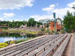 Animal Kingdom Rivers Of Light Dining Package 12 Best And Worst Animal Kingdom Fastpass Options