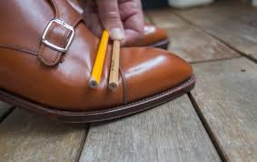 then bend the shoes substantially as if you would take a long step or something like that you have to dare to bend it properly and actually create proper