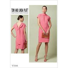 Vogue Dress Patterns Inspiration Misses Lined Shift Dress With Back DropCollar And Tie Vogue Sewing