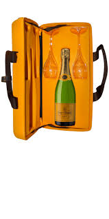 nevada gifts for people who travel images veuve clic yellow label brut with traveller case and