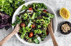 easy dinner side salad with lemon juice