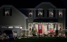 lighted wreaths for outdoor windows designs