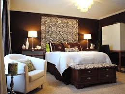 Chocolate Brown Bedroom Wall Designs   Bedroom Wall Paint Colours Are  Becoming Quite Popular Today.