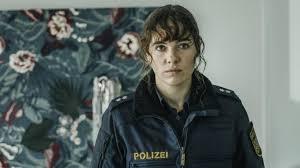 Check spelling or type a new query. Polizeiruf 110 Aus Munchen Mehr Rauberbande Als Beamte Medien Sz De