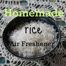 this homemade rice and essential oil air freshener is a really quick and easy diy way